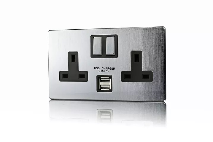 SC 2G 13A SWITCHED USB SOCKETS